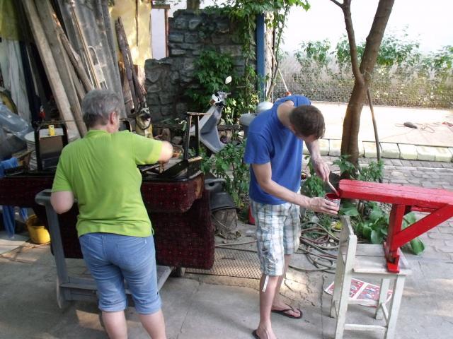2015 - Bicskey Lukács Színpad építés a Művészföldén .2015 - Bicskey Luke Stage construction. Artists in the field of land